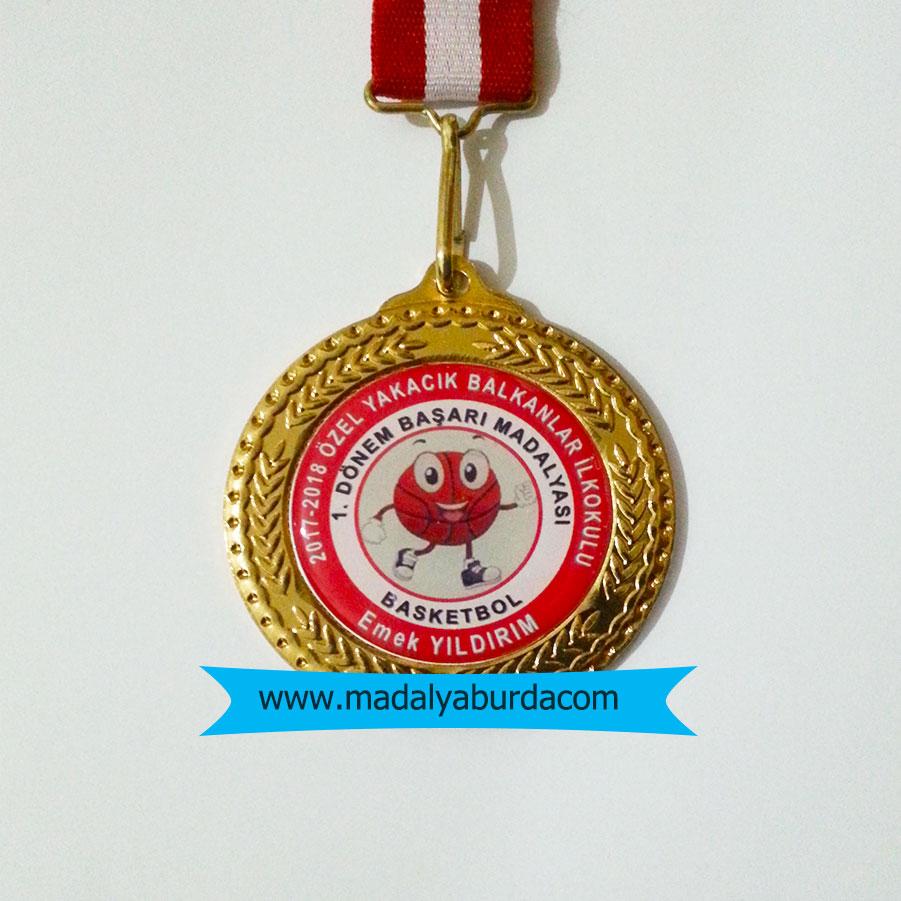 isimli minikler basketbol madalyası